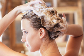 Cách chăm sóc tóc gãy rụng 1