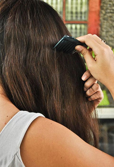 Mẹo chải tóc rối hiệu quả bằng lược 3