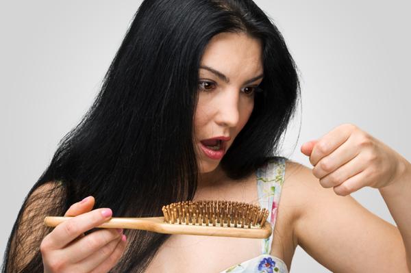 Vì sao tóc rụng nhiều? 1