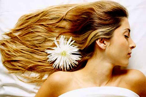 Hỏi đáp về bệnh rụng tóc ở nữ giới 1
