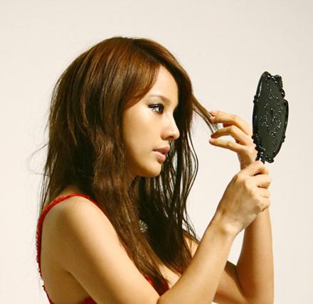 Cần làm gì khi rụng tóc quá nhiều? 1