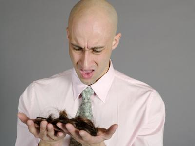 Ngăn chặn quá trình rụng tóc ở đàn ông như thế nào? 1