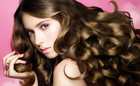 Chăm sóc tóc xoăn: làm đúng như này để tóc không bị khô xơ 1