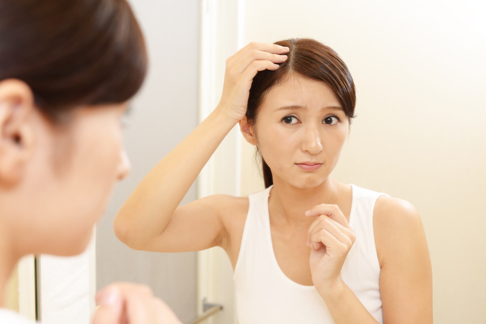 Mách nhỏ chị em 4 cách khắc phục chứng rụng tóc sau sinh 1